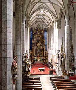 Church of St. Vitus in Český Krumlov, vault in the main nave, foto: Libor Sváček