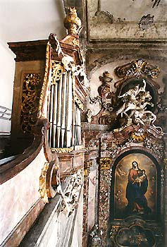 Organ in chapel of St. George at the Český Krumlov Castle from 1753