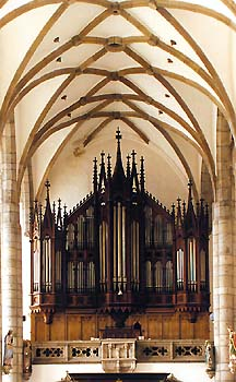 Church of St. Vitus in Český Krumlov, main organ, view onto pipes